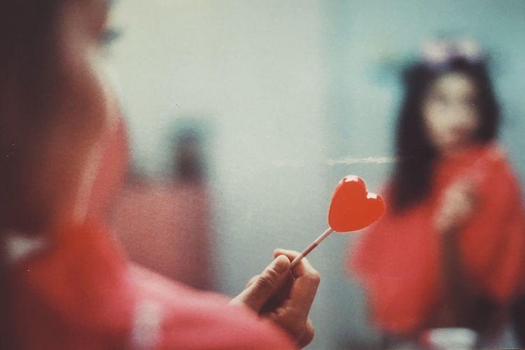 love Candy Heart Woman Pink Love Valentine 35mm Analogue Photography Eyeemphoto The Week On EyeEm