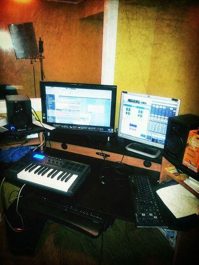 StudioFlow Studio NoDaysOff Sng