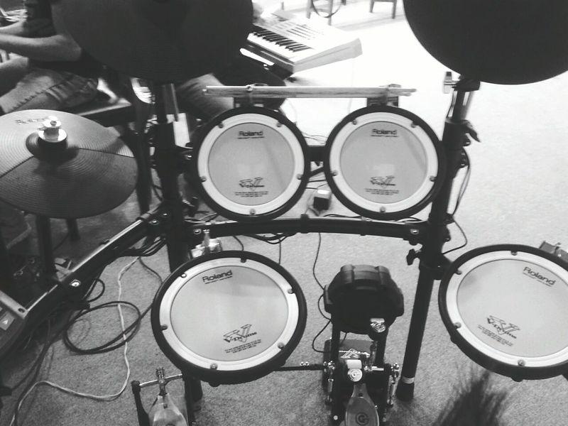 GORGEOUS Roland Drums Drumlife