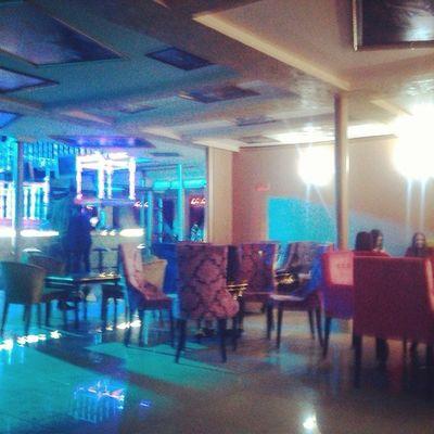 Мегапафосное место в Якутск Ykt Yakutsk 4sq рекомендую атмосфера уюта появилась, можно найти укромное место даже в разгар вечеринки