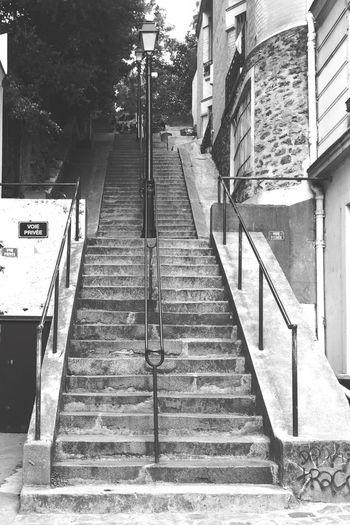 BLCK&WHT Steps