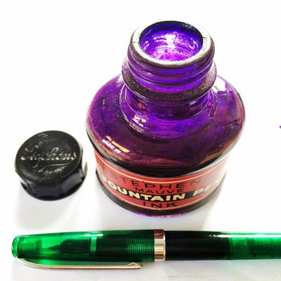 Stephen's Fountain Pen Ink No. 120: Mauve. Pen Fountainpen Ink Stationery