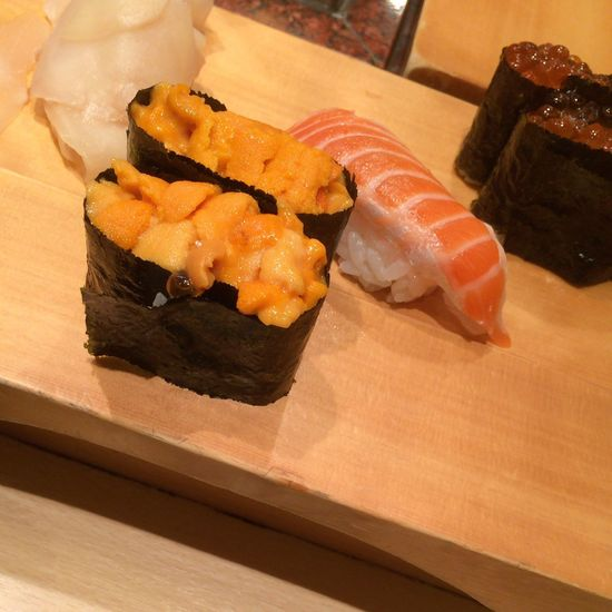 英鮨 Sushi すし 雲丹 サーモン いくら