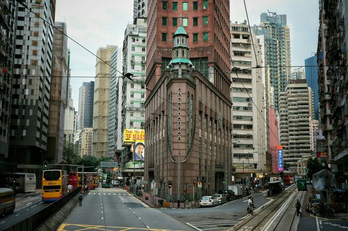 👤:) This is the atmosphere in Hongkong.(Wan Chai)Urban Spring Fever Hanging Out Taking Photos Hello World EyeEmBestPics Everybodystreet Streetphotography Canonphotography Eye4photography  Canon EyeEm Gallery The Week Of Eyeem The Street Photographer - 2016 EyeEm Awards Q Conon Eyeemphotography EyeEmbestshots Urban Exploration Showcase May Our Best Pics From My Point Of View