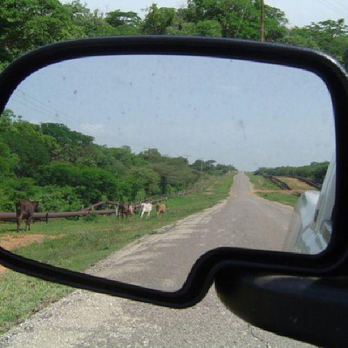 A todos nos gusta mirar hacia atrás... Retrovisor Espejo Carretera Vieja old road