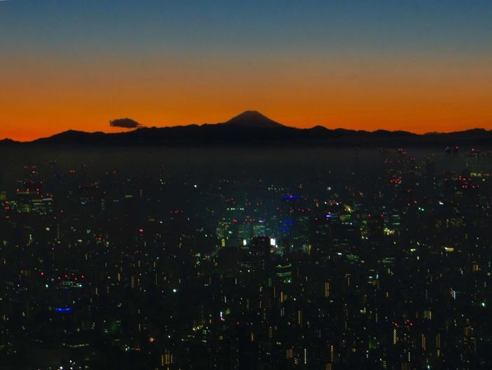 Sunset Cityscape Sky Nature Silhouette Beauty In Nature Landscape City Mountain Mt. Fuji Skytree Tokyo No People While Day Night Calm Gradation