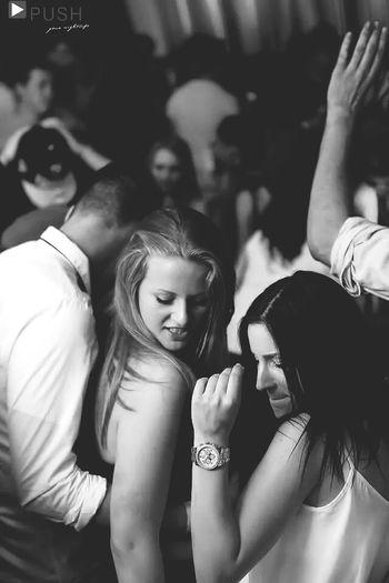 Yiur Best Friend Should Look Like Your Love Friend Zoned Dancing