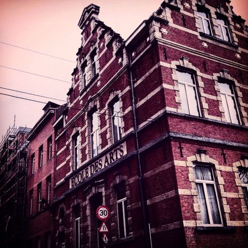 Showcase: February School Time  ArtWork Urbanphotography Starting A Trip Brussels Academyofart Artistic Urbanexploration Urbanlifephotography Cityscapes Capital Cities  Building Exterior Old School ArtInMyLife Citytrip February