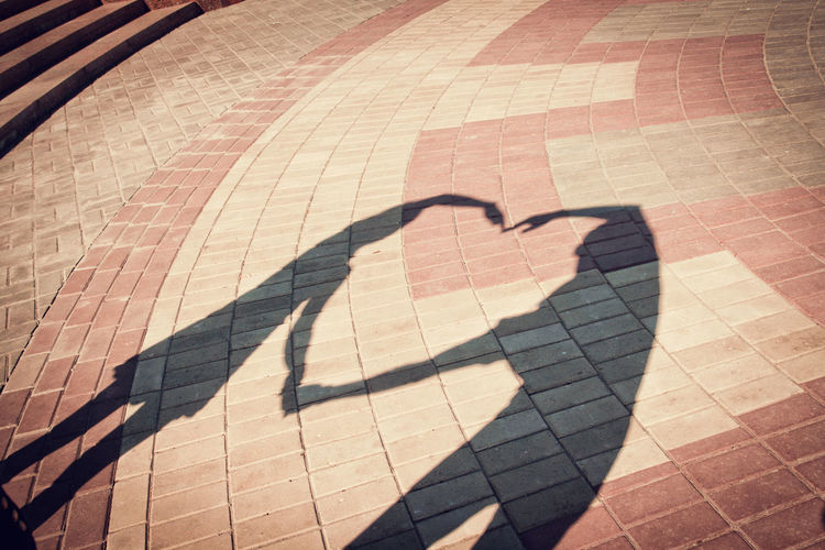 Shadow Sunlight Focus On Shadow Sun Representing Summer Love Weding Couple - Relationship Couple Hearth Togetherness Art Standing Wedding