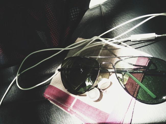 VSCO Sunglasses Aviator Earphones Handkerchief
