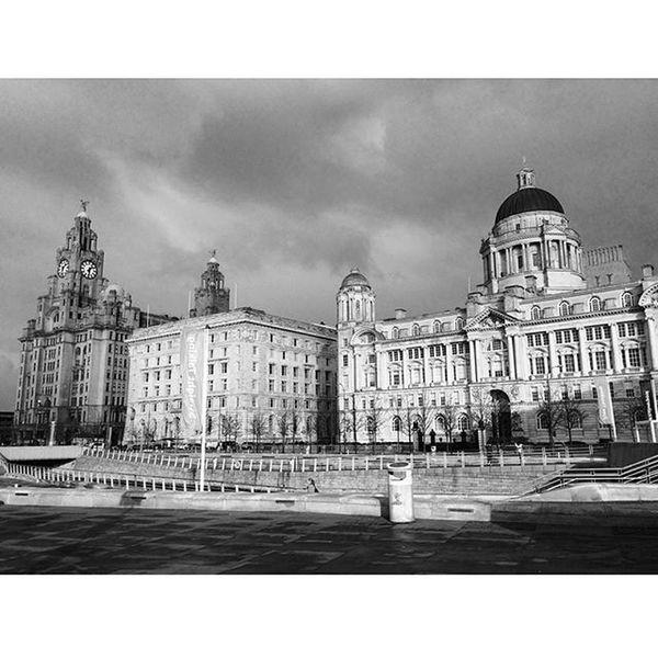 @ig_liverpool Ig_liverpool Threegraces Liverbuilding  Cunardbuilding Portofliverpool Albertdock Liverpool Rivermersey Blackandwhite Photooftheday