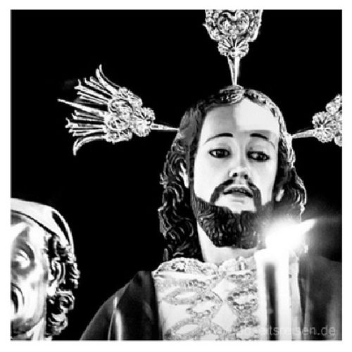 #Jesusstatue bei der #Prozession zur #Semana_Santa #2013 in #Popayan im Süden von #Kolumbien. #Reise #Südamerika Popayán 2013 Reise Südamerika Prozession Kolumbien Jesusstatue Semana_santa