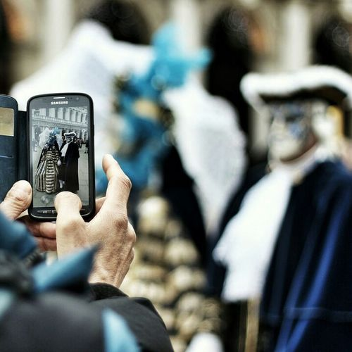 Colors Of Carnival Shooting Strangers Photo Of Photo 📱📲 Venice Carnival Deep Of Field Mask Cellphone