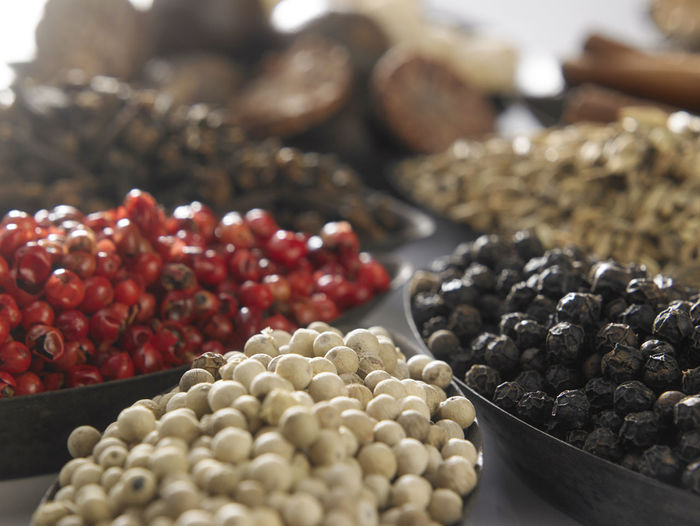 Close up variety of peppercorn Colors Cooking Cuisine Culinary PEPPERCORN Pink Seed Spicy Aroma Black Peppercorn Condiment Food Food And Drink Gourmet Healthy Eating Indoors  No People Pepper Red Peppercorn Round Spice Still Life Studio Shot Wellbeing White Peppercorn