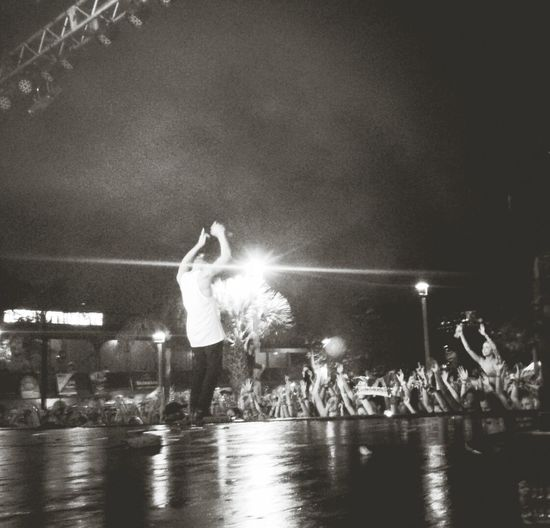 Major Lazer at Mad Decent Block Party - Walshy Fire hypes the crowd. Maddecent Majorlazer Walshyfire
