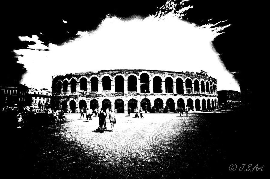 Large Group Of People History First Eyeem Photo Built Structure Architecture Tourism Tourist Ancient Old Ruin Travel Arch The Past Building Exterior Ancient Civilization Leisure Activity Real People Arts Culture And Entertainment Vacations Outdoors Black ifestyles] Blackandwhite Black And White Black & White Blackandwhite Photography Your Ticket To Europe