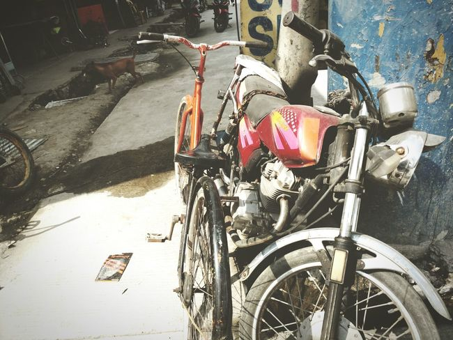 Parked Bicycle Motorcycle Street Cainta Philippines