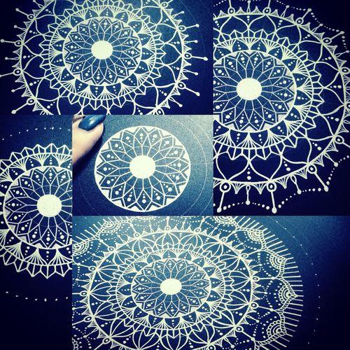 この曼荼羅がミステリーサークルならいいのにと思う 今日この頃。 YohkoAmaterraArt Art Drawing 曼荼羅 Mandala Create My Drawing My Art Cosmo Enjoying Life