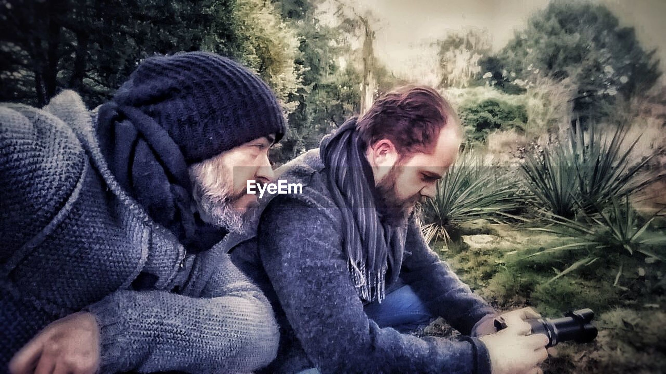 two people, togetherness, men, adult, outdoors, sitting, friendship, day, beard, bonding, young adult, people, nature, adults only, only men, tree, relationship difficulties, warm clothing