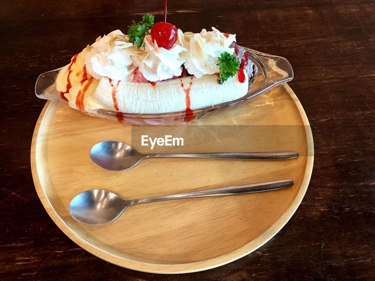 food and drink, food, sweet food, dessert, sweet, freshness, cake, table, indulgence, temptation, kitchen utensil, ready-to-eat, baked, eating utensil, unhealthy eating, spoon, still life, high angle view, wood - material, indoors, no people, tray
