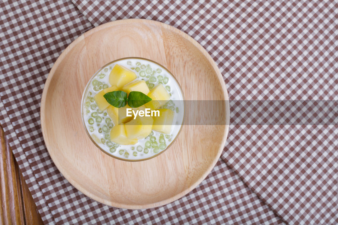 food, food and drink, healthy eating, directly above, wellbeing, freshness, indoors, ready-to-eat, close-up, no people, studio shot, kitchen utensil, vegetable, tablecloth, plate, bowl, checked pattern, high angle view, meal, eating utensil, herb, place mat, breakfast