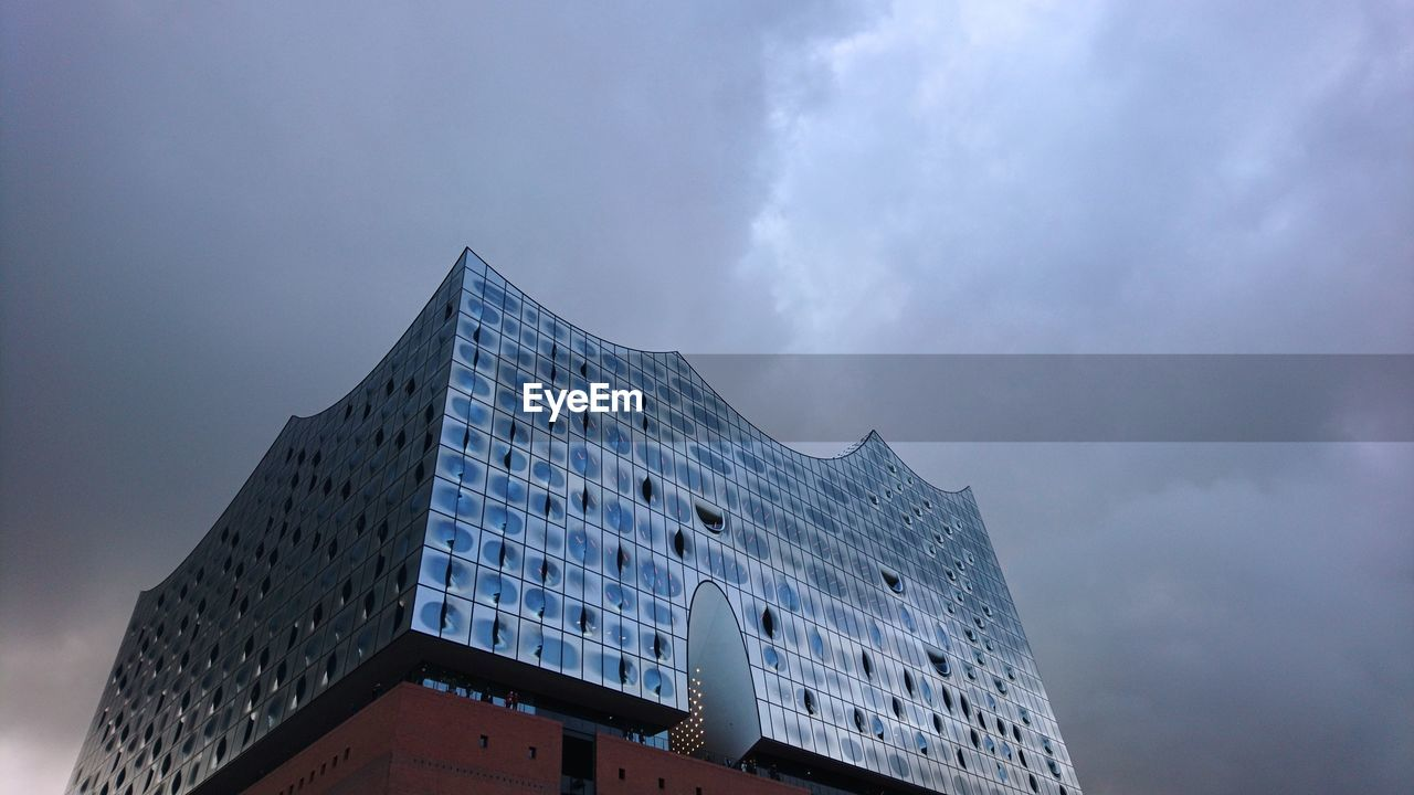 architecture, built structure, low angle view, building exterior, cloud - sky, sky, day, no people, outdoors
