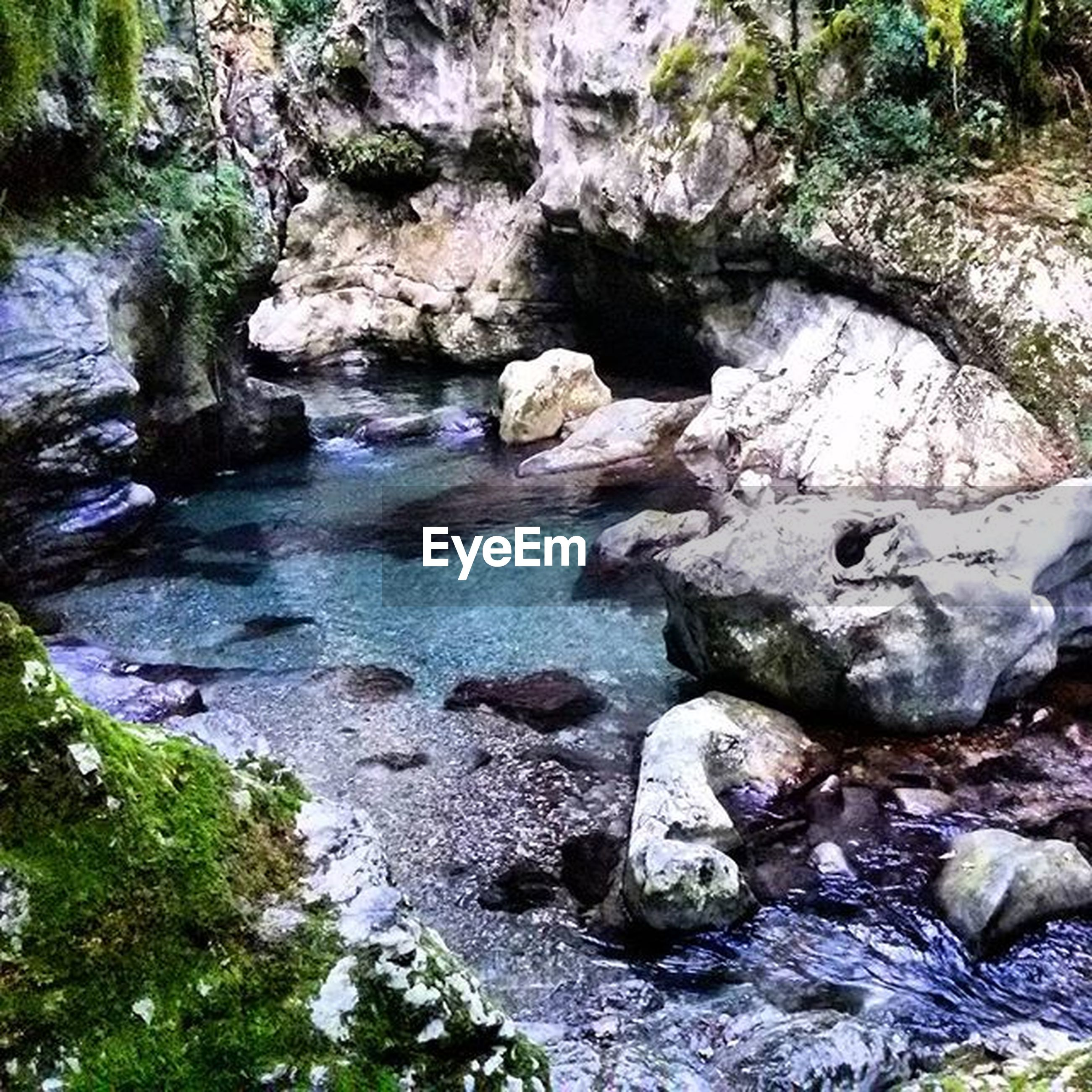 water, rock - object, stream, flowing water, rock formation, nature, beauty in nature, forest, scenics, rock, river, tranquility, flowing, motion, waterfall, tranquil scene, tree, day, stone, outdoors