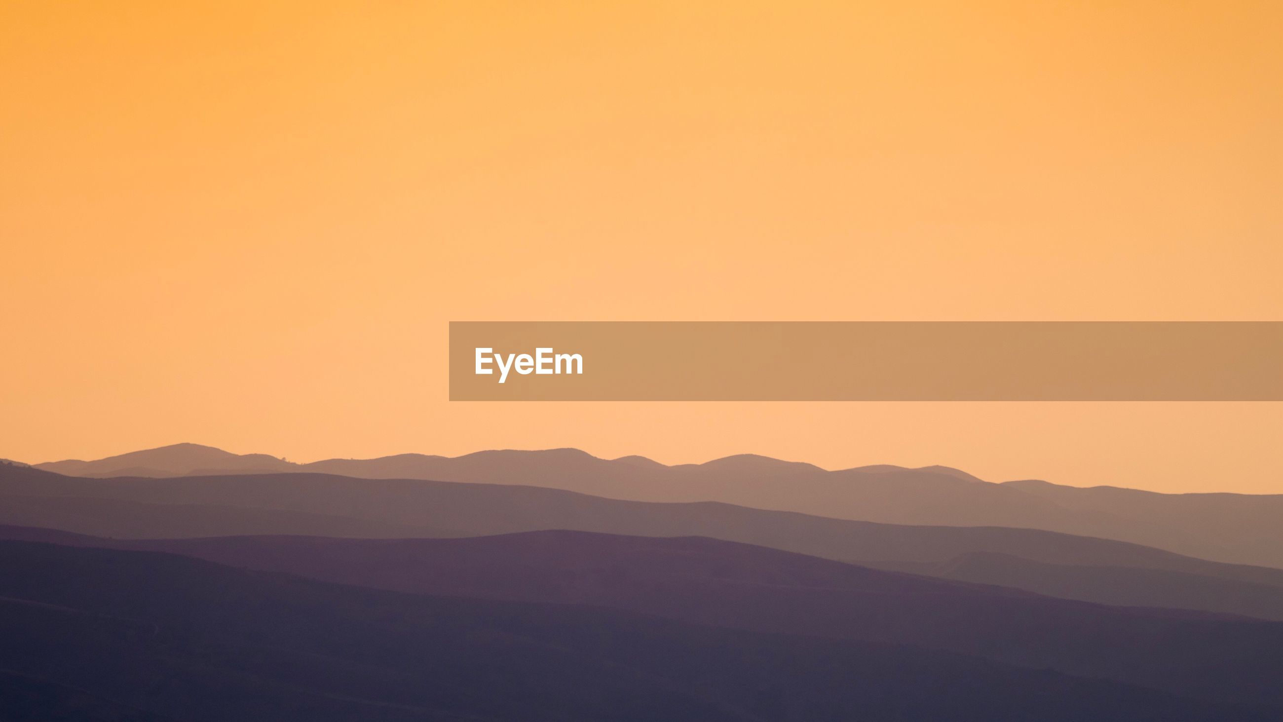 SCENIC VIEW OF SILHOUETTE LANDSCAPE AGAINST CLEAR SKY