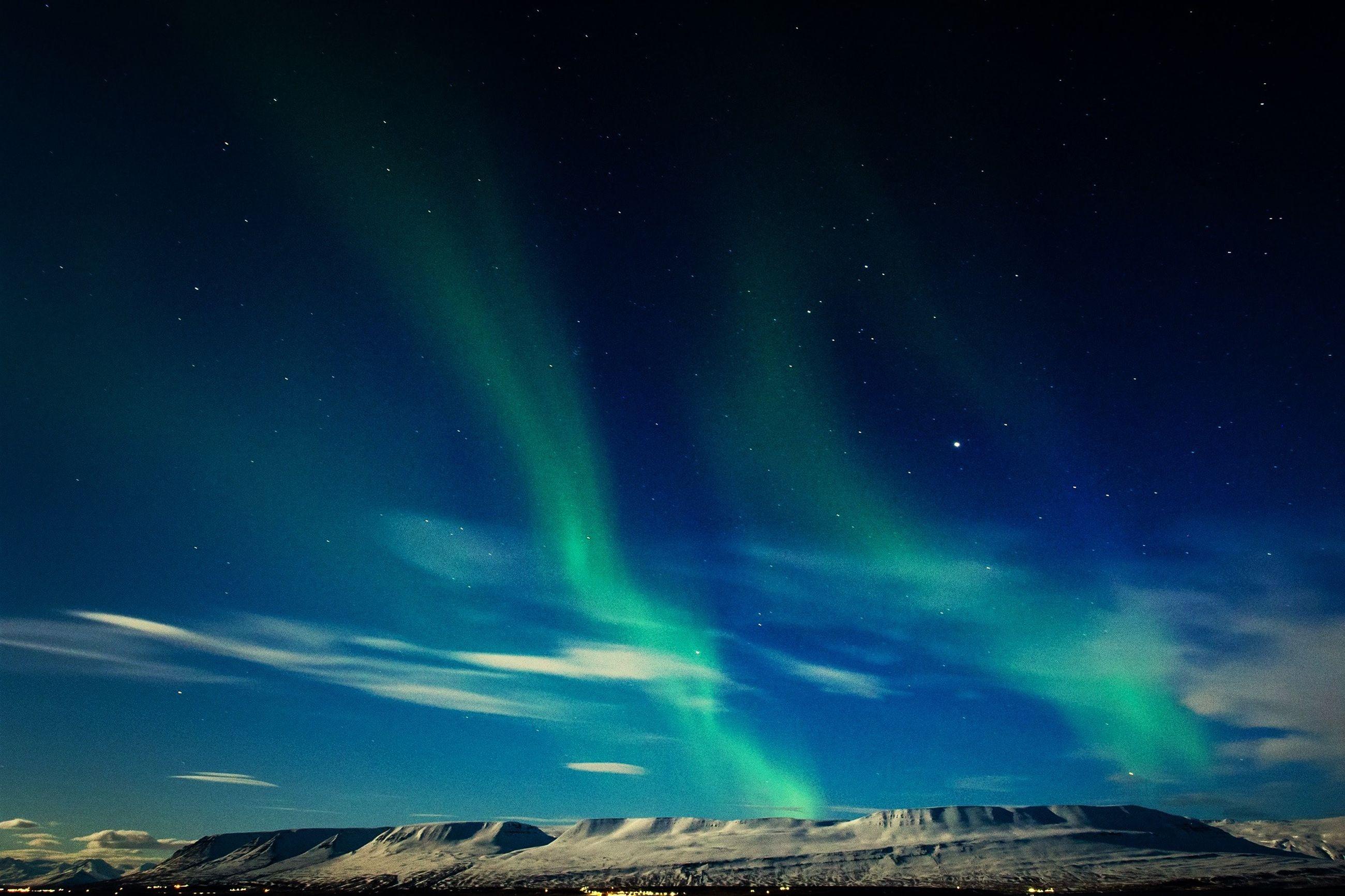 Aurora borealis over plateau