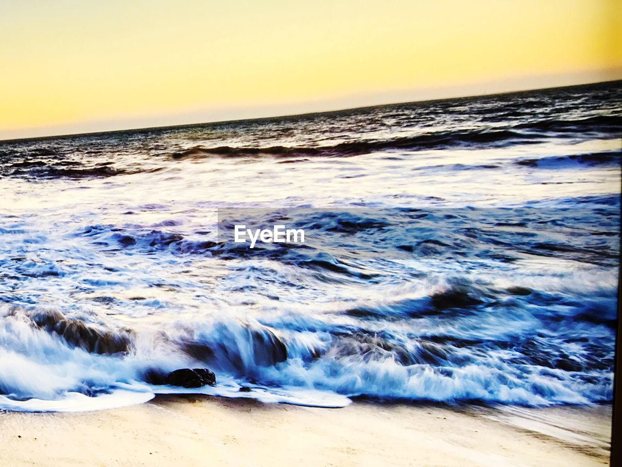 sea, wave, water, nature, beauty in nature, beach, horizon over water, sunset, shore, scenics, sand, no people, motion, outdoors, tranquility, power in nature, sky, day