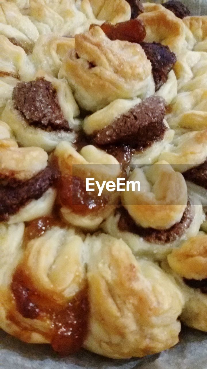 food and drink, food, indoors, freshness, no people, sweet food, close-up, indulgence, ready-to-eat, apple pie, day