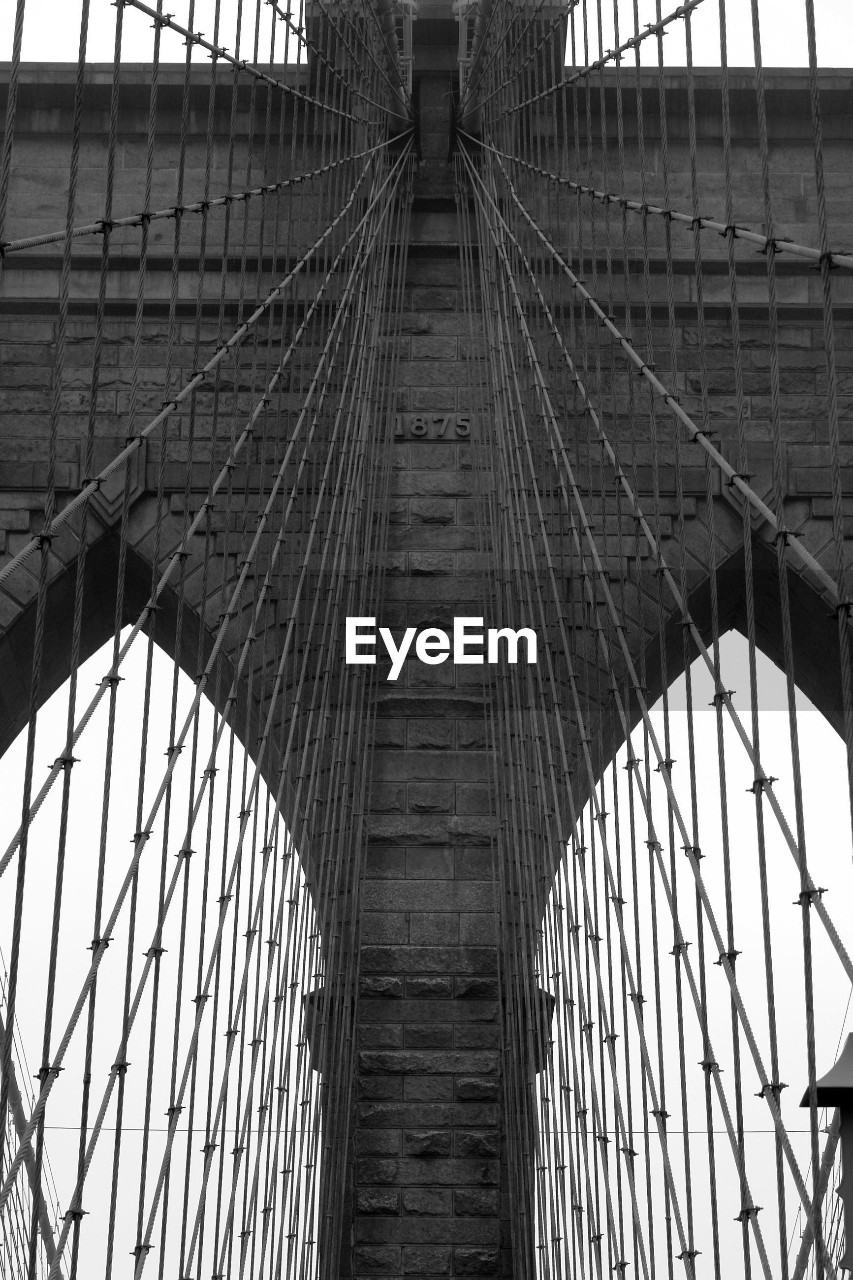 Full frame shot of brooklyn bridge