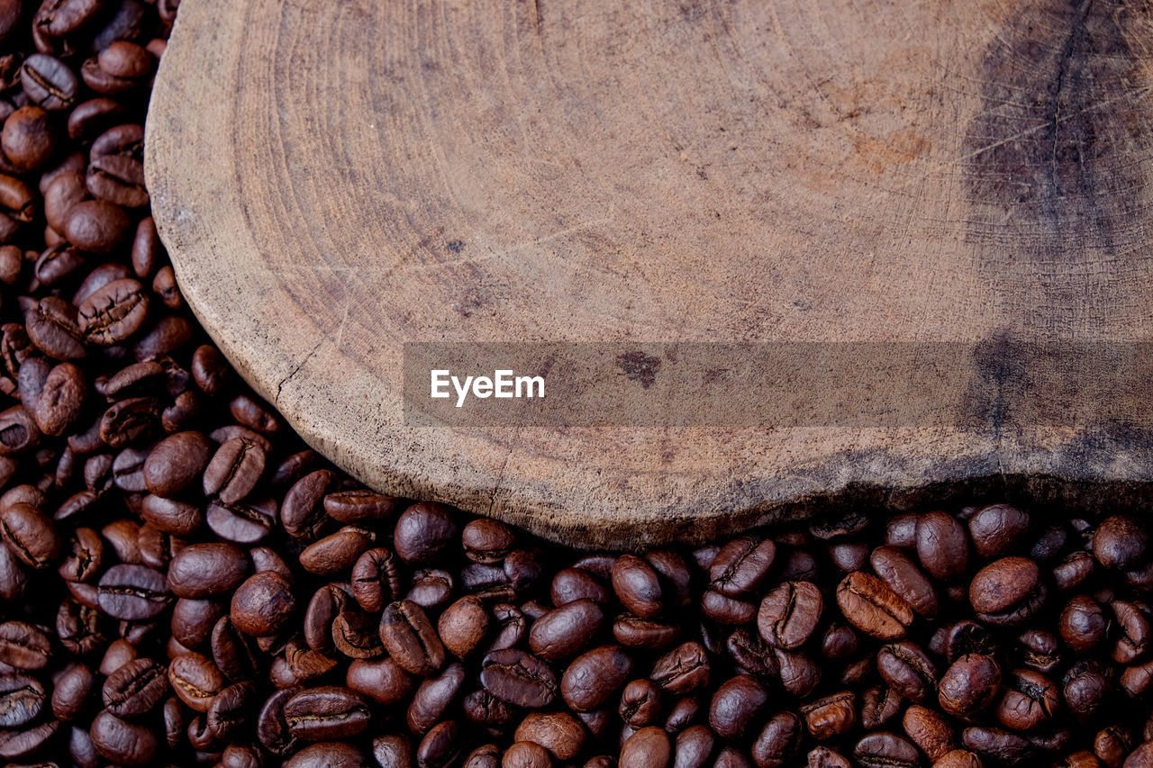 roasted coffee bean, coffee, food and drink, coffee - drink, brown, food, close-up, freshness, no people, still life, large group of objects, caffeine, abundance, backgrounds, textured, roasted, full frame, indoors, detail, directly above, textured effect
