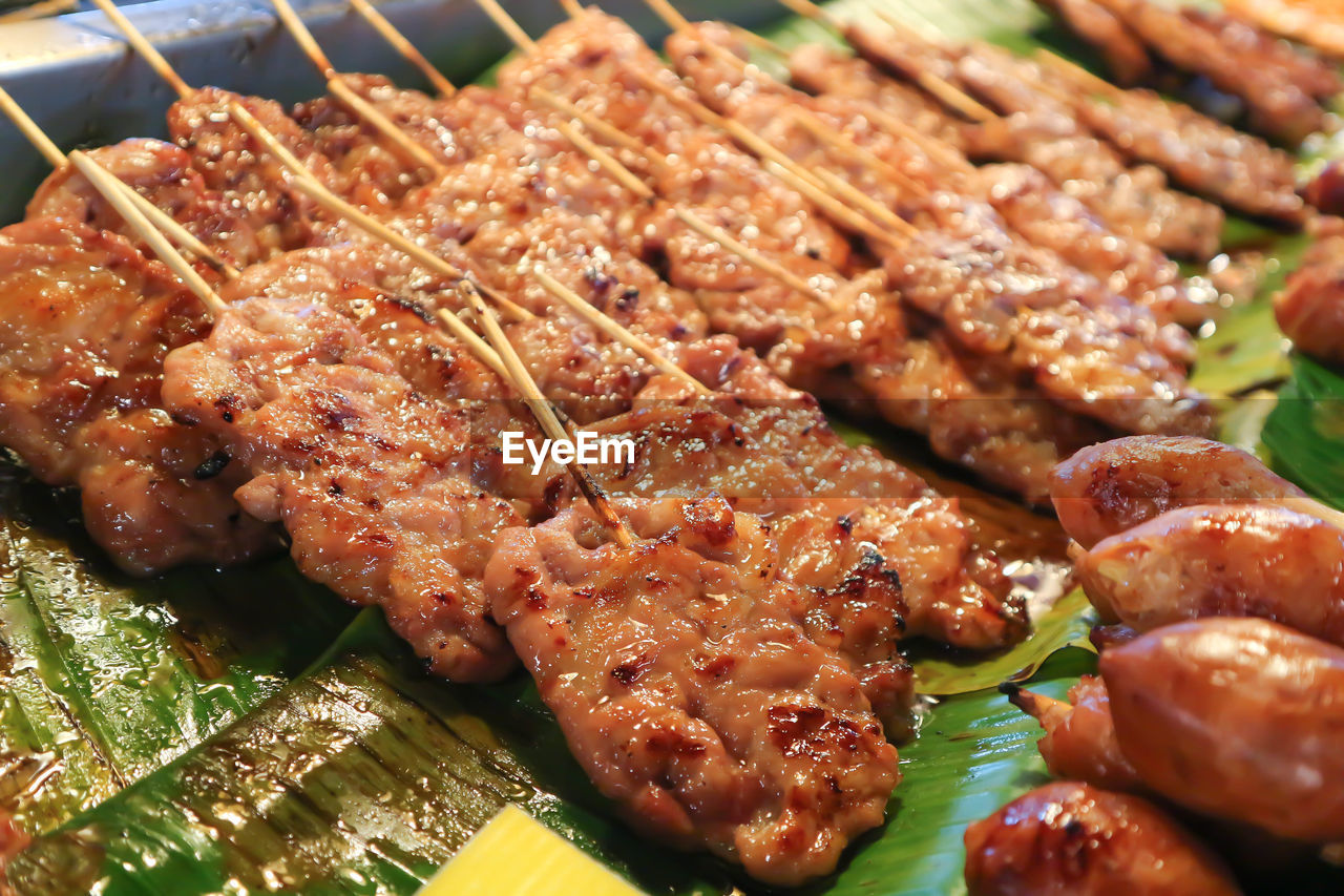 food and drink, food, freshness, still life, meat, ready-to-eat, close-up, no people, indoors, barbecue, grilled, high angle view, healthy eating, plate, wellbeing, selective focus, serving size, indulgence, table, skewer, temptation