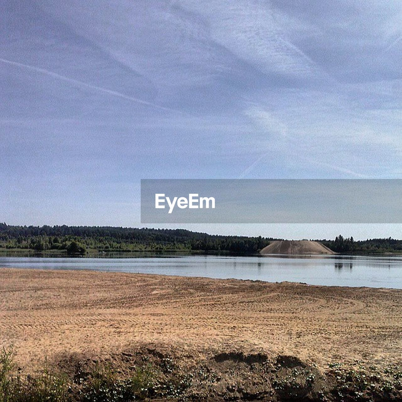 water, lake, nature, sky, scenics, tranquility, beauty in nature, tranquil scene, day, outdoors, no people, beach, landscape, tree