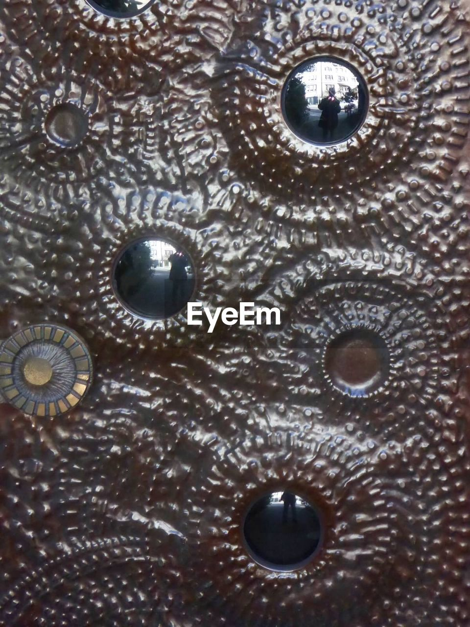 close-up, full frame, backgrounds, textured, human eye, eyeball, indoors, day, undersea