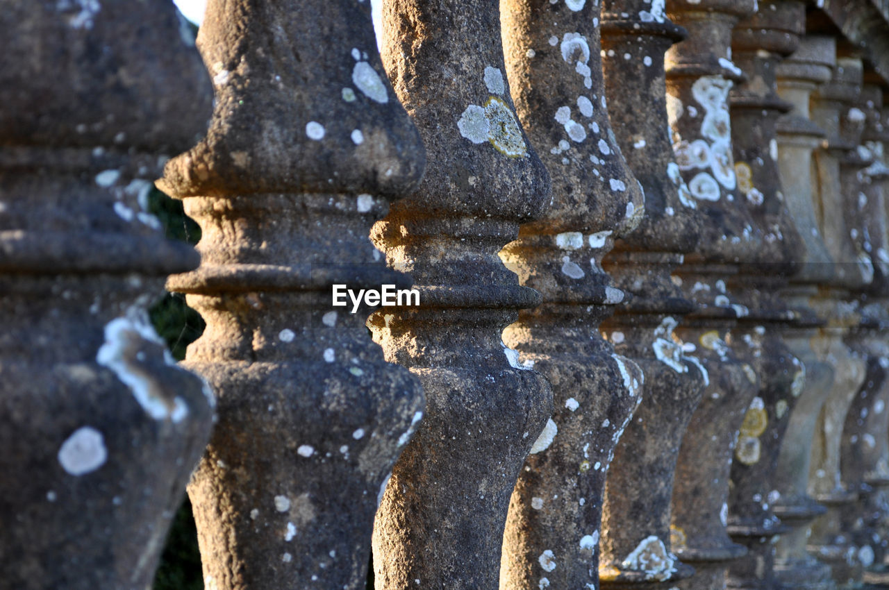 no people, day, weathered, close-up, architecture, pattern, built structure, focus on foreground, metal, outdoors, the past, backgrounds, history, full frame, textured, old, decline, selective focus, damaged, deterioration, ornate