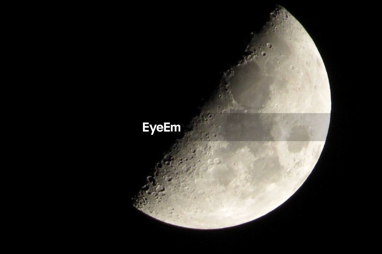 moon, night, astronomy, moon surface, beauty in nature, nature, planetary moon, half moon, majestic, space exploration, scenics, no people, space, tranquility, clear sky, outdoors, sky, close-up, satellite view