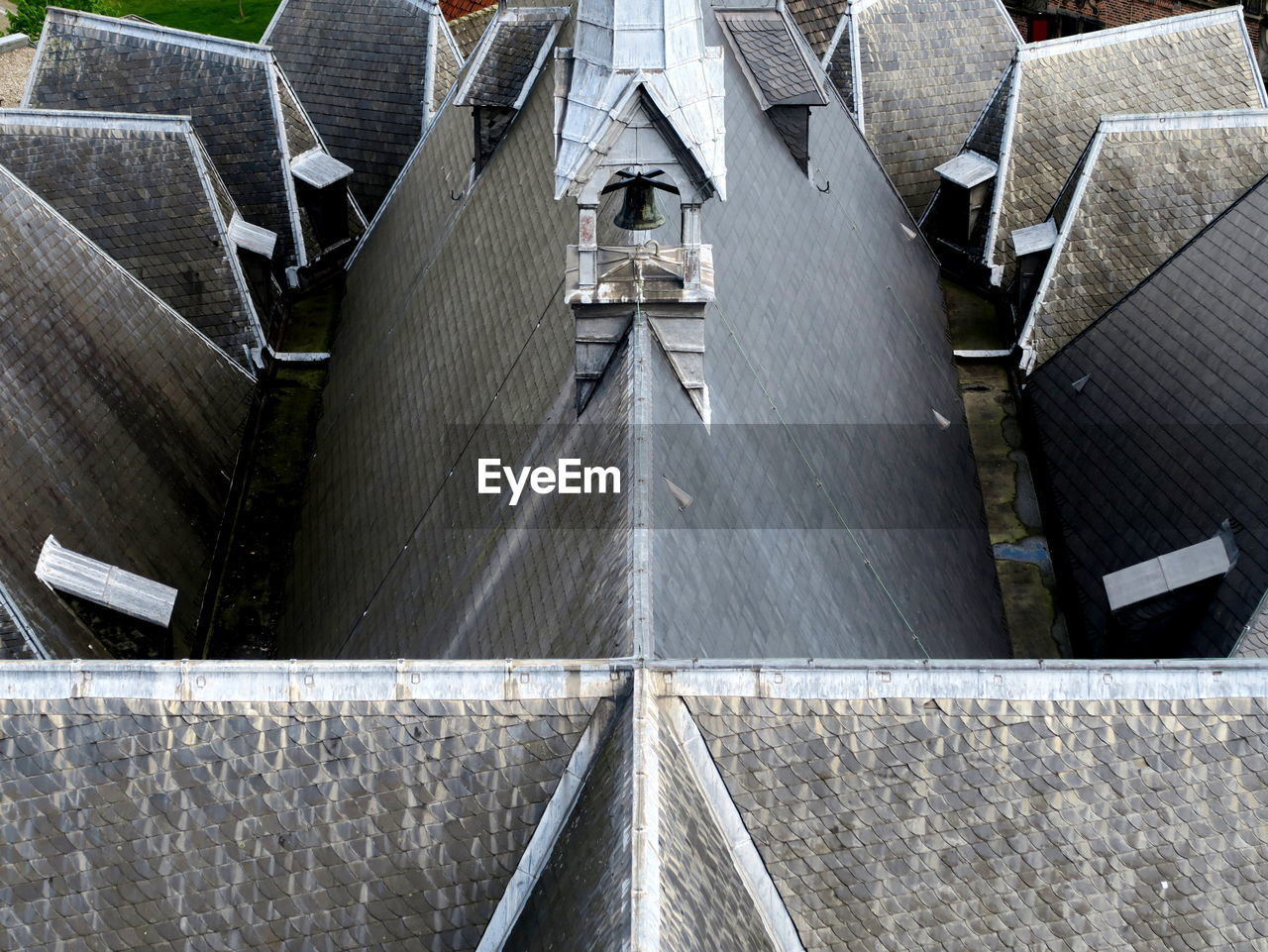 architecture, built structure, high angle view, day, no people, building exterior, outdoors, water, roof, motion, concrete, transportation, nature, city, building, wall, renewable energy, fuel and power generation, hydroelectric power