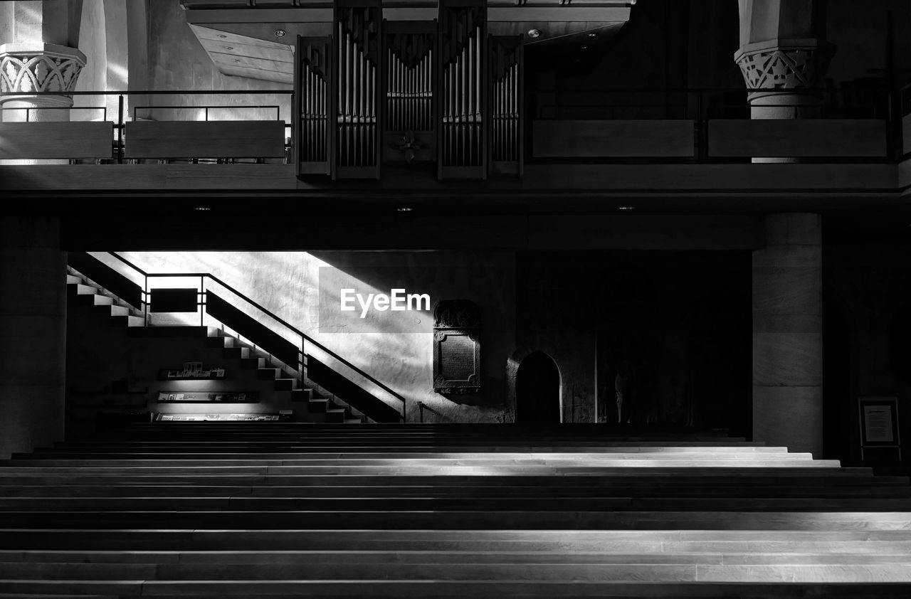 architecture, built structure, staircase, steps and staircases, indoors, transportation, architectural column, no people, illuminated, railing, building, direction, the way forward, night, connection, empty, city, motion, ceiling