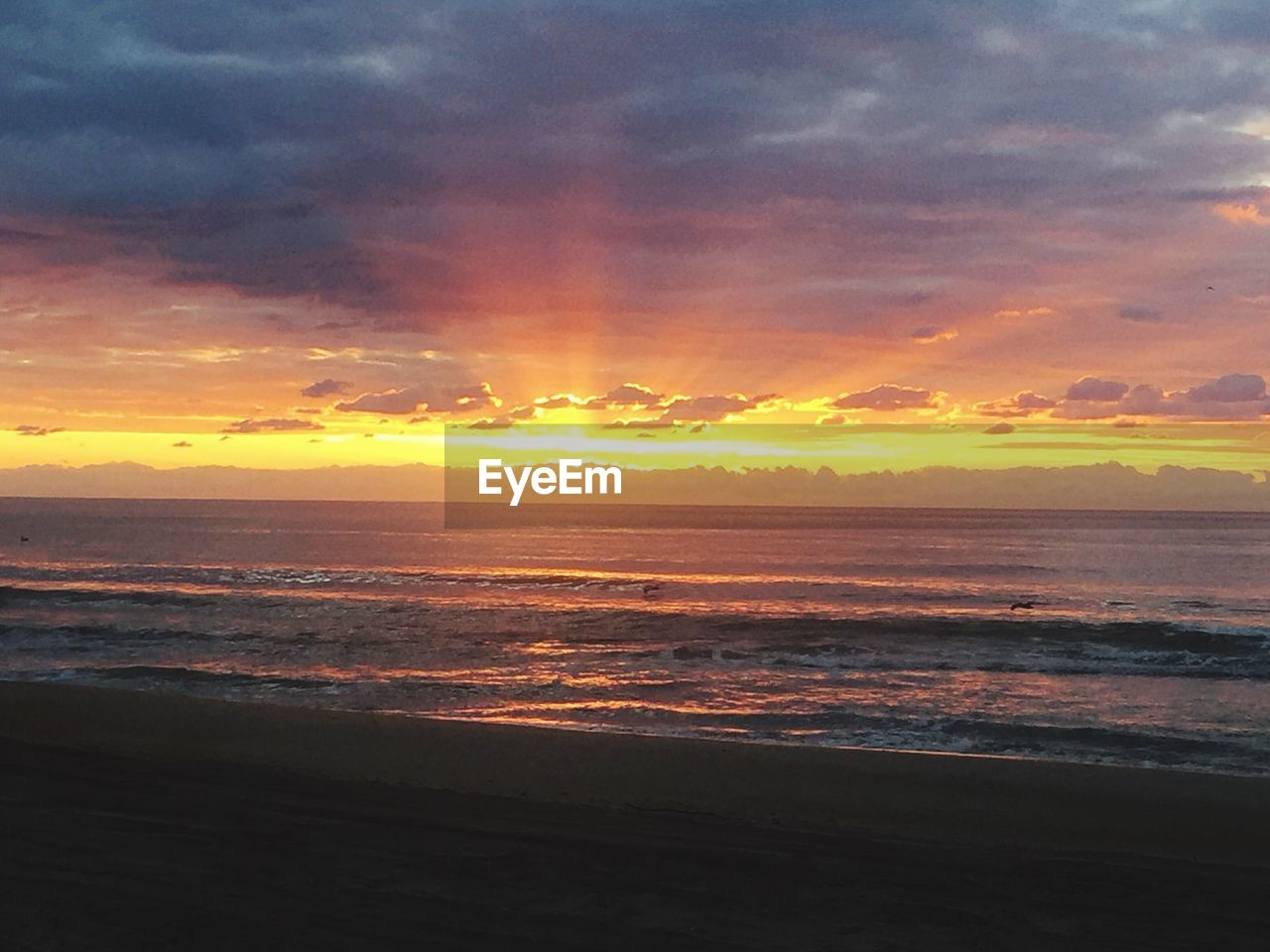 sunset, sea, scenics, beach, beauty in nature, nature, orange color, tranquil scene, sky, horizon over water, tranquility, water, cloud - sky, idyllic, no people, outdoors, wave, silhouette