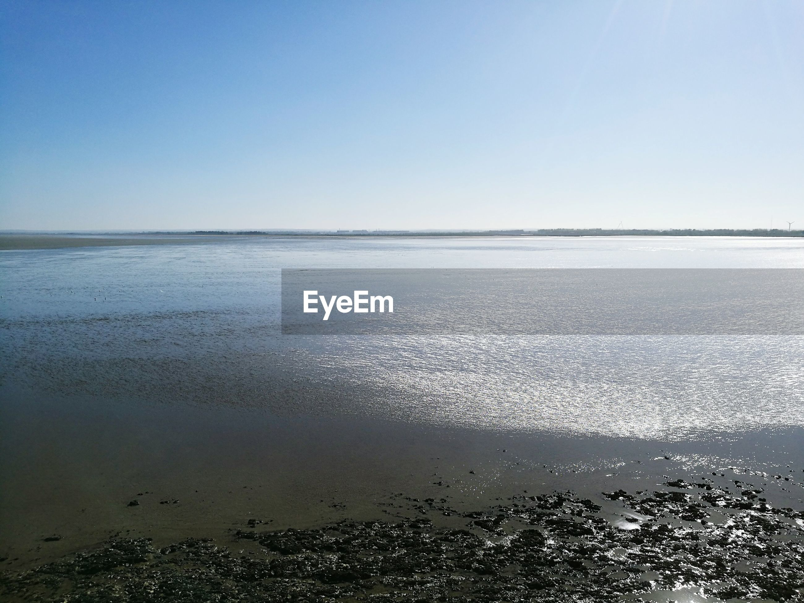 VIEW OF SEA AGAINST CLEAR SKY
