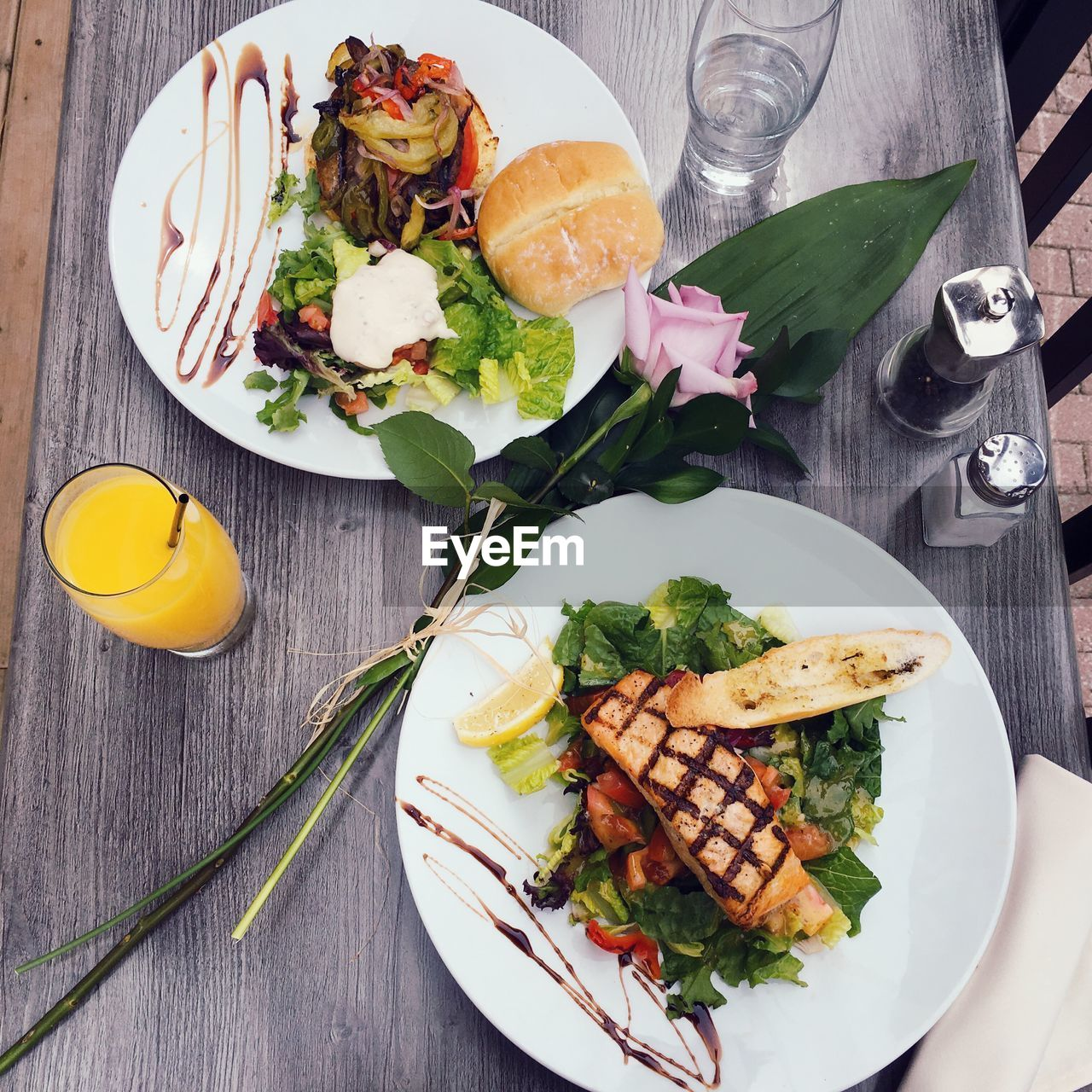 food and drink, plate, food, freshness, table, healthy eating, salad, high angle view, drink, indoors, serving size, drinking glass, ready-to-eat, no people, slice, vegetable, directly above, day, close-up