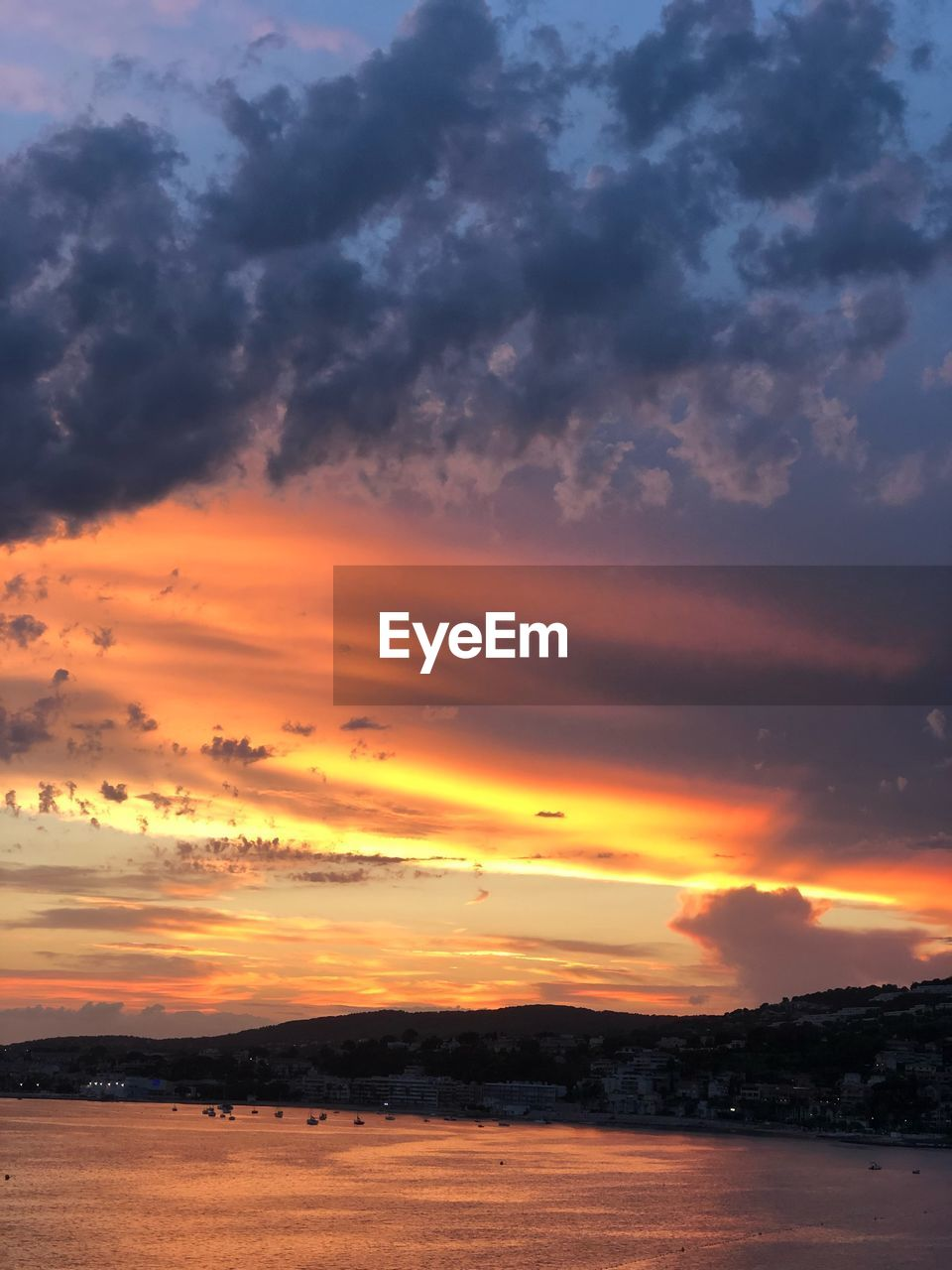 sunset, cloud - sky, sky, scenics - nature, beauty in nature, orange color, tranquility, tranquil scene, nature, water, no people, sea, idyllic, dramatic sky, land, outdoors, non-urban scene, beach, environment, romantic sky