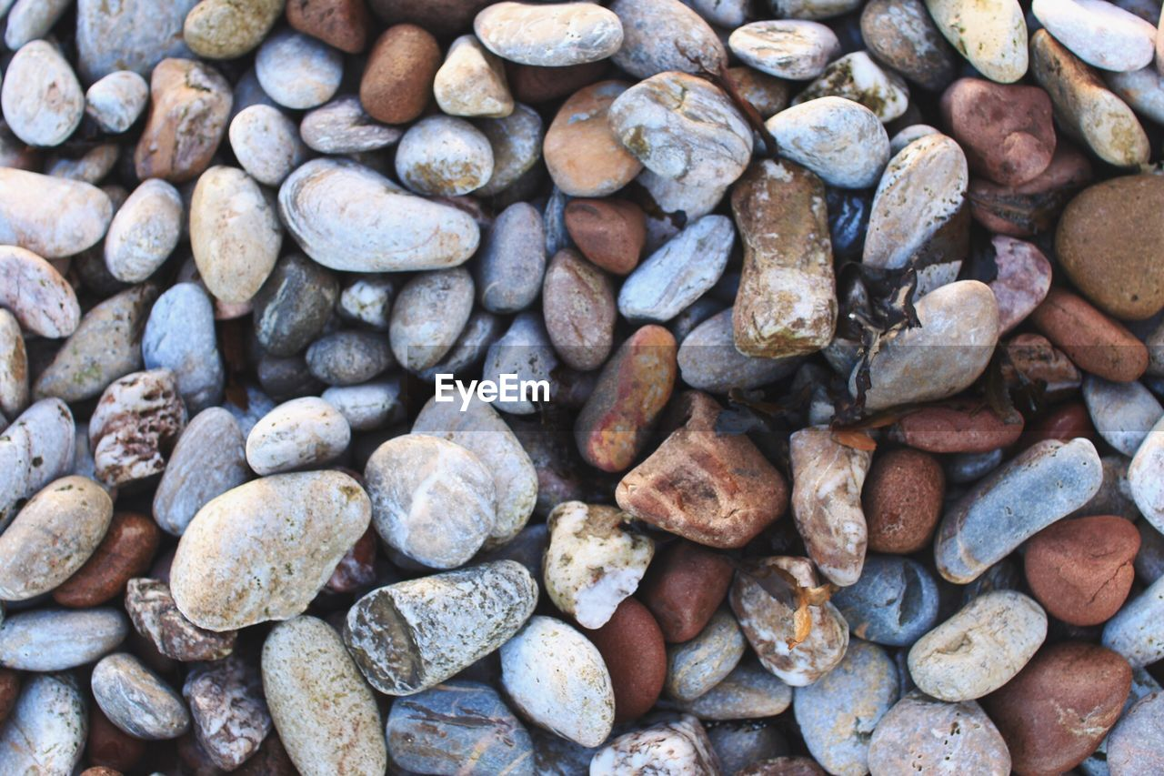 pebble, full frame, abundance, large group of objects, backgrounds, pebble beach, beach, nature, no people, outdoors, day, close-up