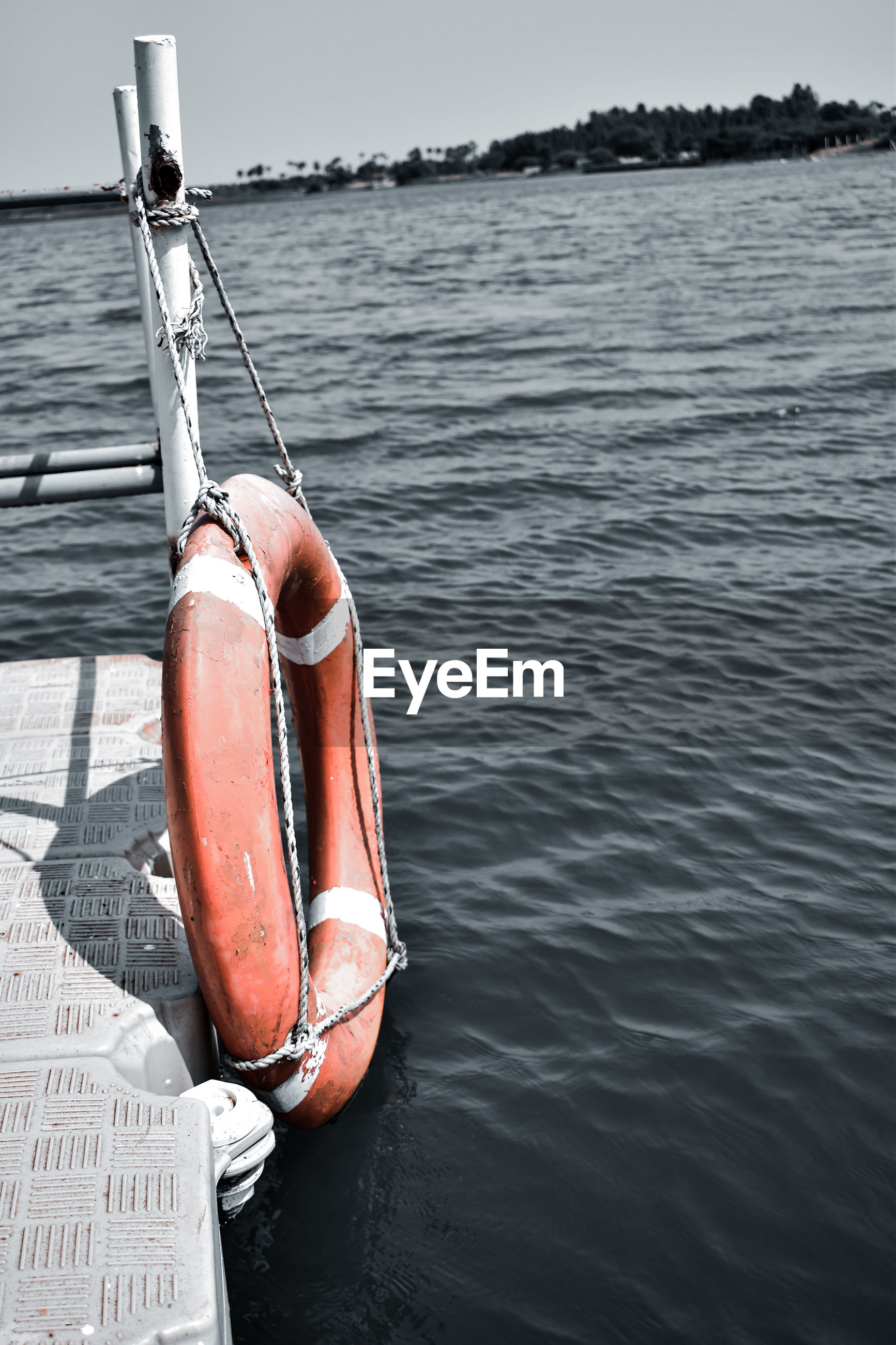 ROPE HANGING ON BOAT