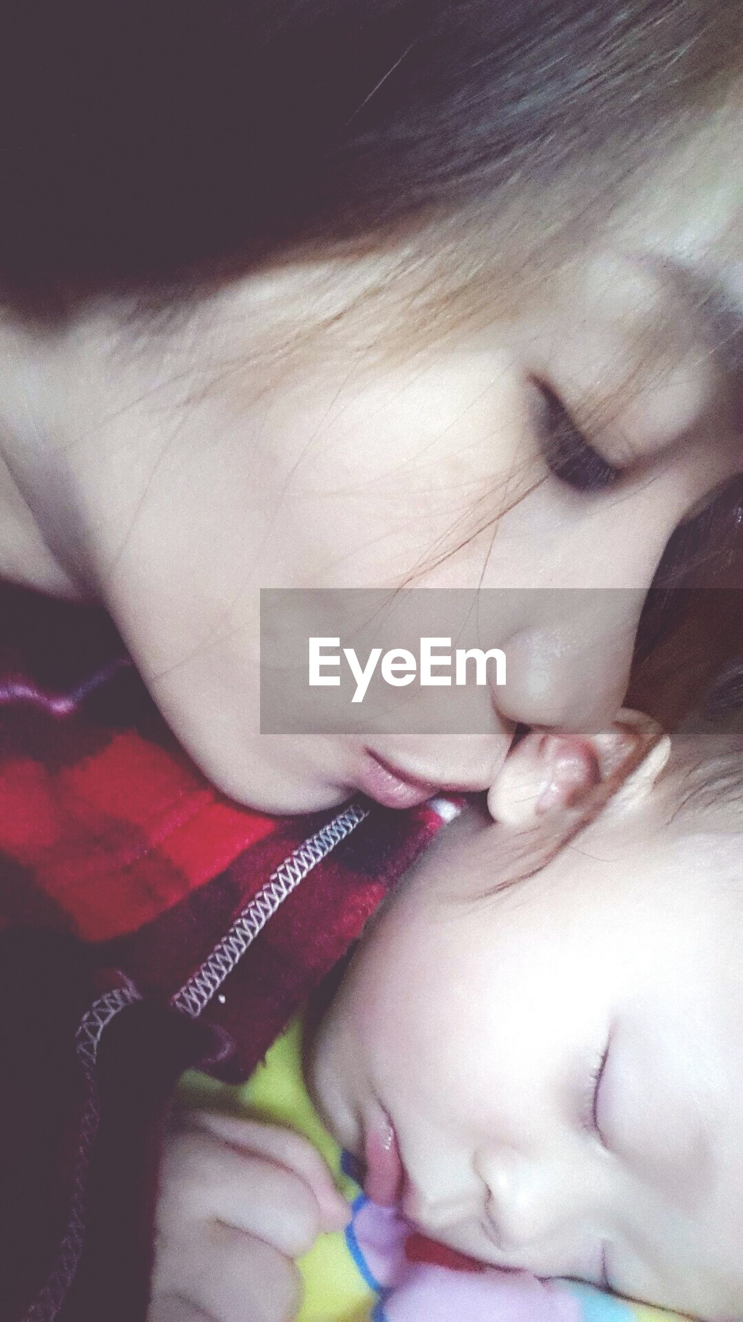 childhood, innocence, baby, babyhood, lifestyles, indoors, person, bonding, love, family with one child, togetherness, sleeping, headshot, leisure activity, cute, eyes closed, toddler