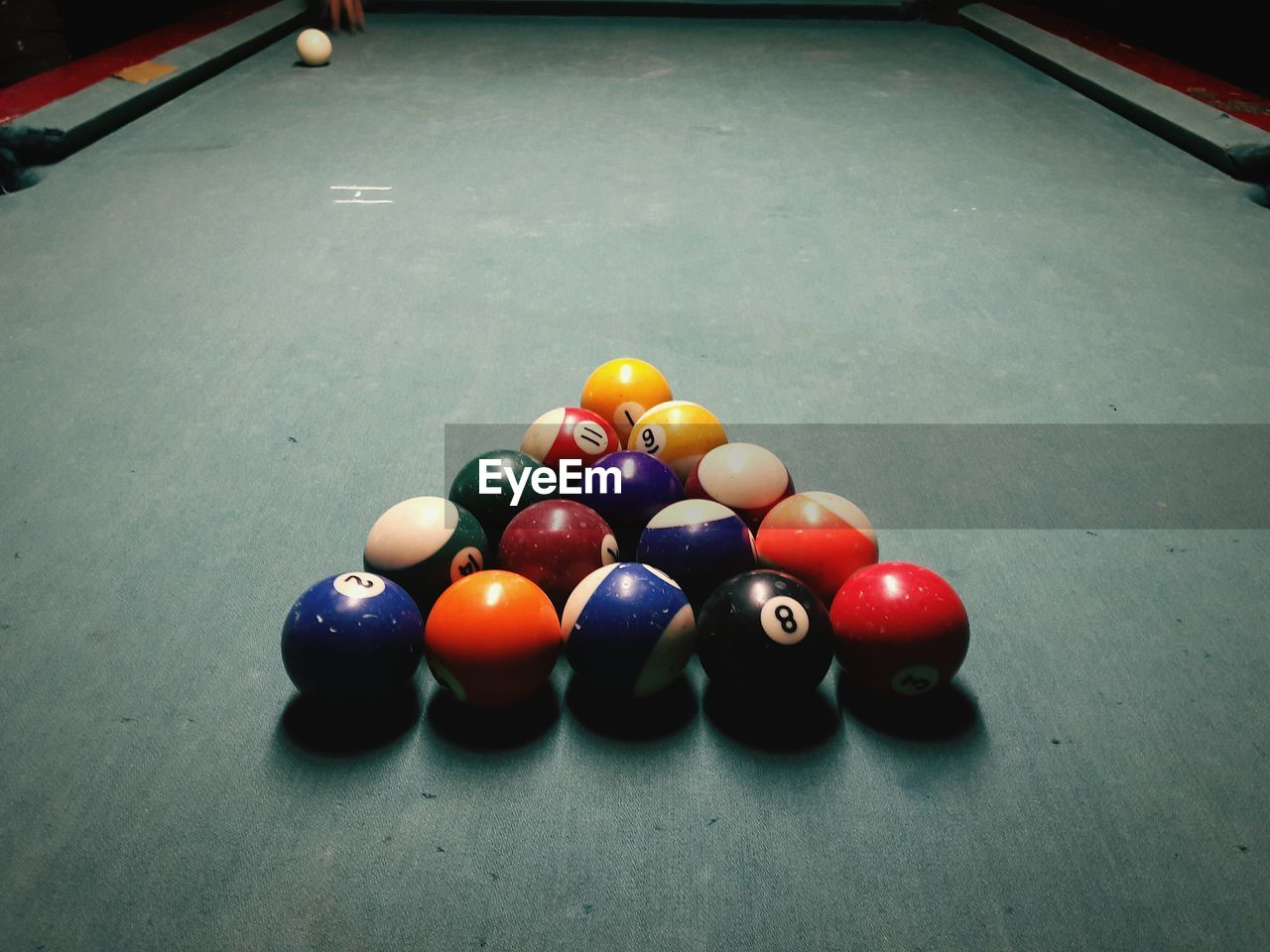 sport, pool ball, pool table, pool - cue sport, snooker ball, snooker, indoors, multi colored, table, sports equipment, arrangement, ball, leisure games, cue ball, no people, competition, pool cue, close-up, snooker and pool, day