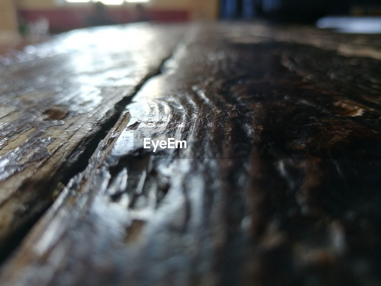 wood - material, selective focus, textured, close-up, no people, pattern, table, outdoors, wood, weathered, day, plank, rough, damaged, metal, old, still life, run-down, cracked, surface level, wood grain