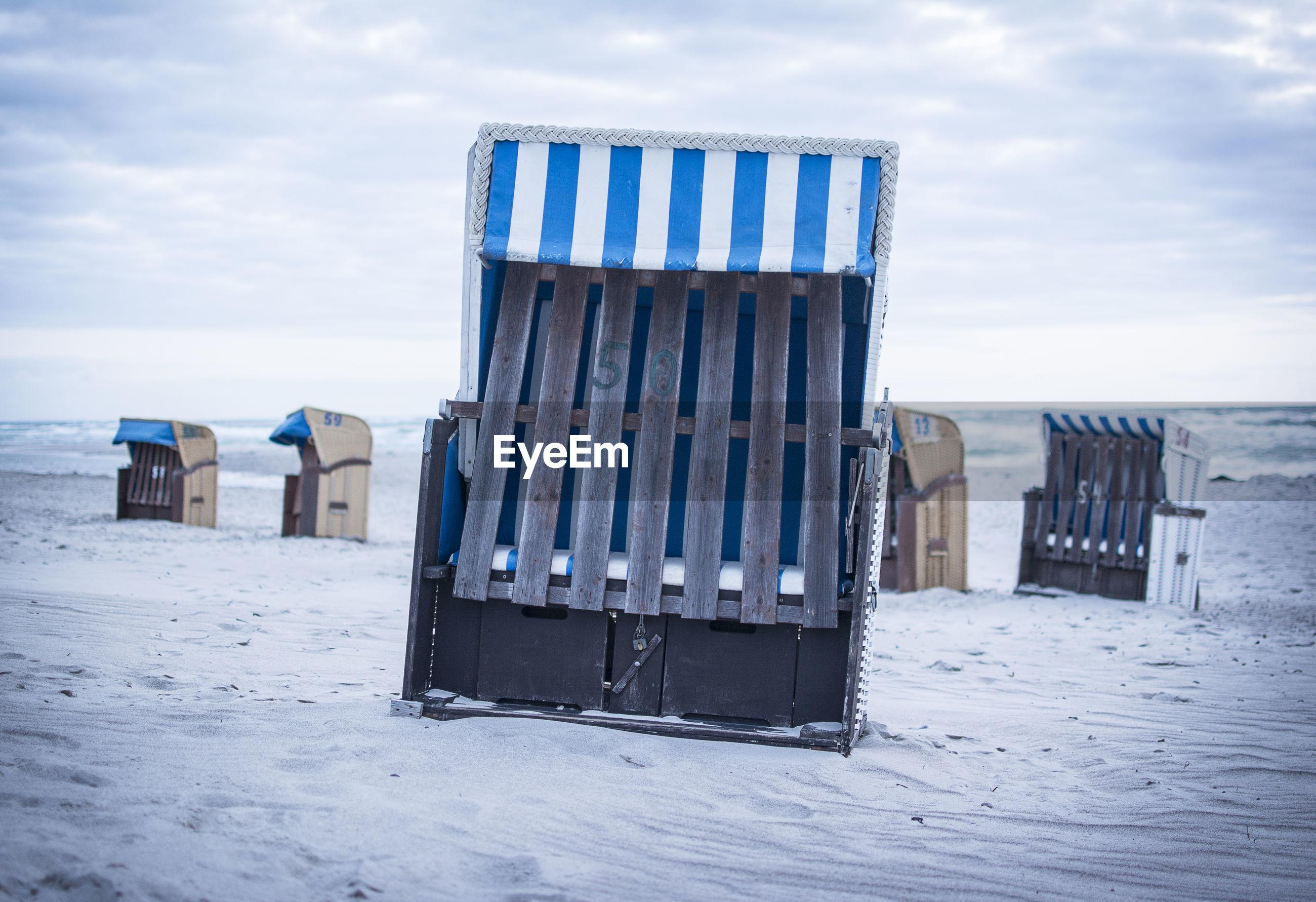 LIFEGUARD HUT ON BEACH DURING WINTER